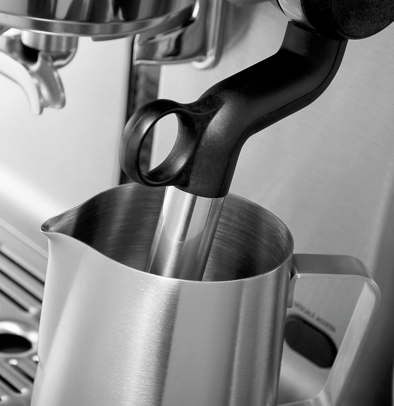фото кофеварка BORK C805